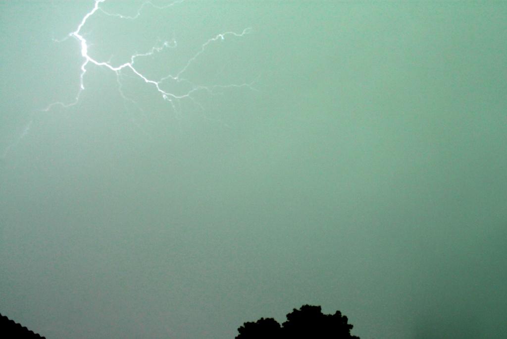 éclairs du 27 juillet 2013 27072010