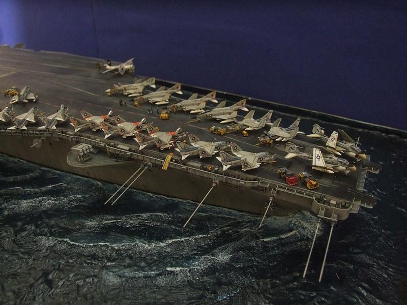 My new project..USS Nimitz CVN 68 1976  - Page 7 Dscf8713