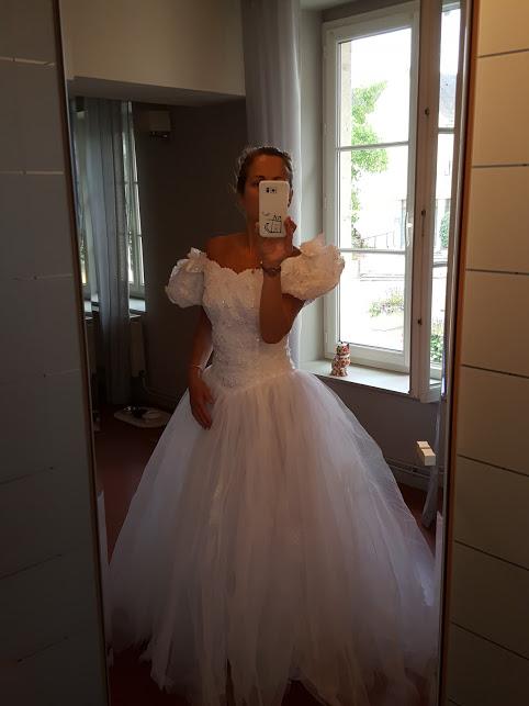 ma robe de mariee - Page 2 Mering11