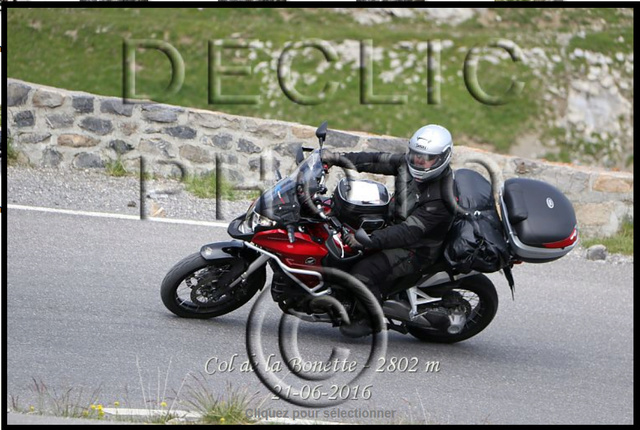 Se faire tirer le portrait en moto. Bonett10