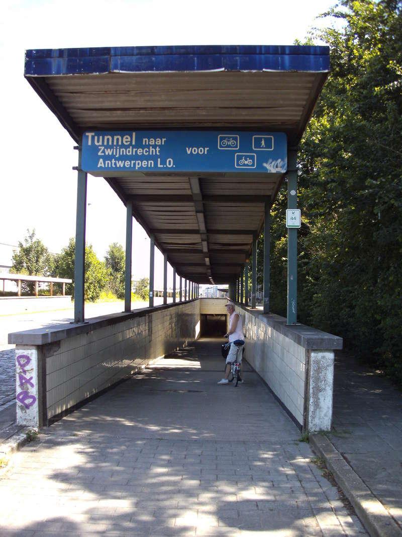 Kennedy-Fietstunnel [Antwerpen] 13b_an11