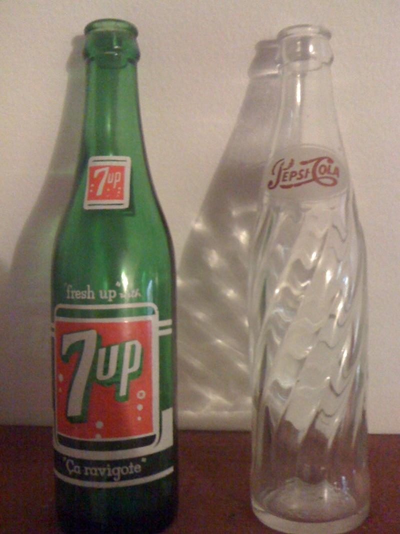 Bouteille Pepsi 1965 et 7up année inconnu Automn10