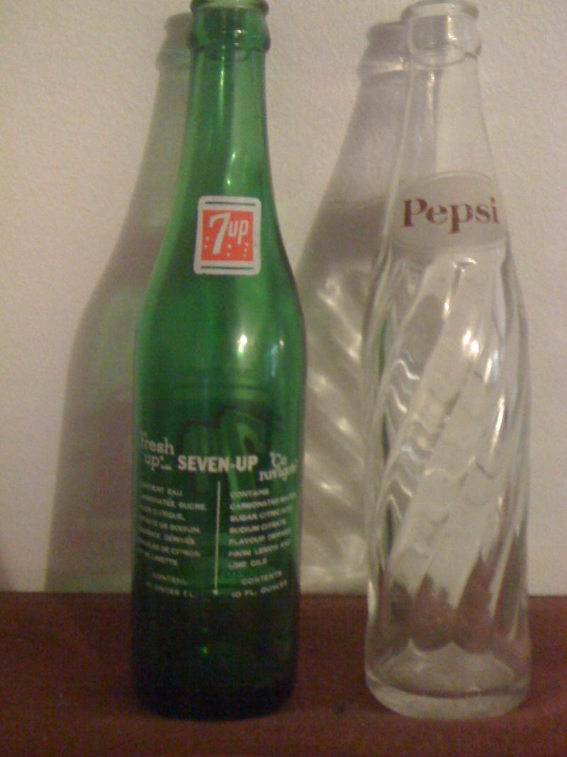 Bouteille Pepsi 1965 et 7up année inconnu Automn11