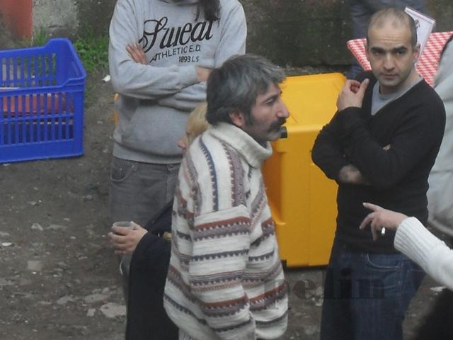 Gönülçelen - Pictures from  shooting , pictures with fans- poze de la filmari, poze cu fani - Pagina 2 35kj4210