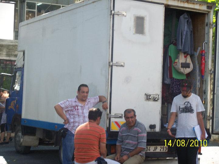 Gönülçelen - Pictures from  shooting , pictures with fans- poze de la filmari, poze cu fani - Pagina 3 38600110