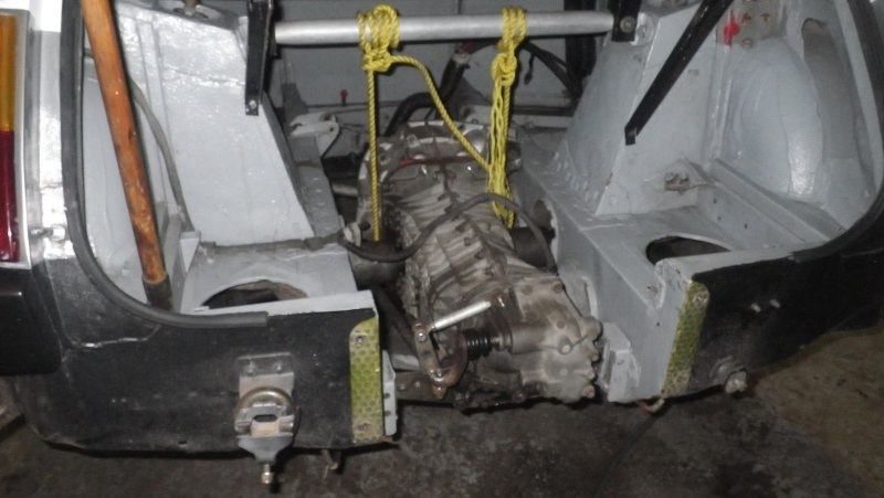 projet achat et restauration du r5 turbo a tahiti - Page 3 Imgp0816