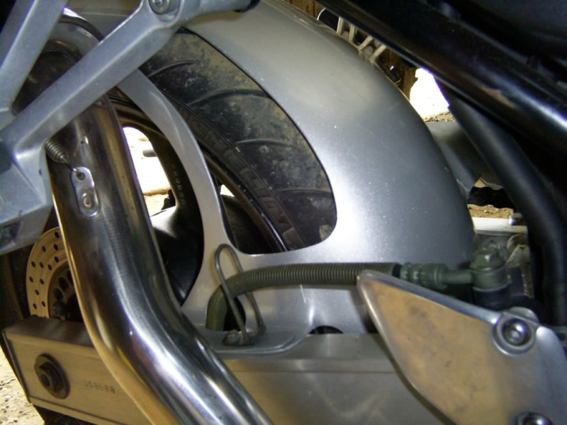 Passage de roue Ermax abîmé . S4027134
