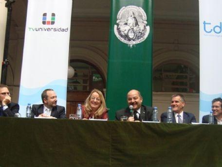 Con la presencia de Alicia Kirchner, la UNLP inauguró oficialmente su canal de televisión abierta 001194