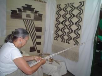 Artesanos de todo el país llegan a Berazategui 00120