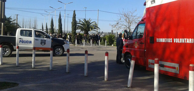 Falsa amenaza de bomba a la Universidad Nacional de Lomas de Zamora 001214