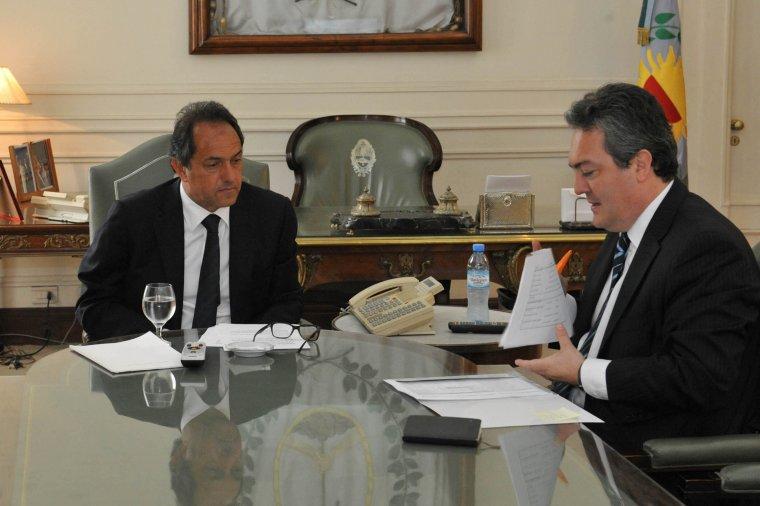 El Gobernador a Chile por exportaciones, inversiones y juego on line 00135