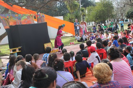 Escobar: sábado a puro sol, deporte y cultura. 00184