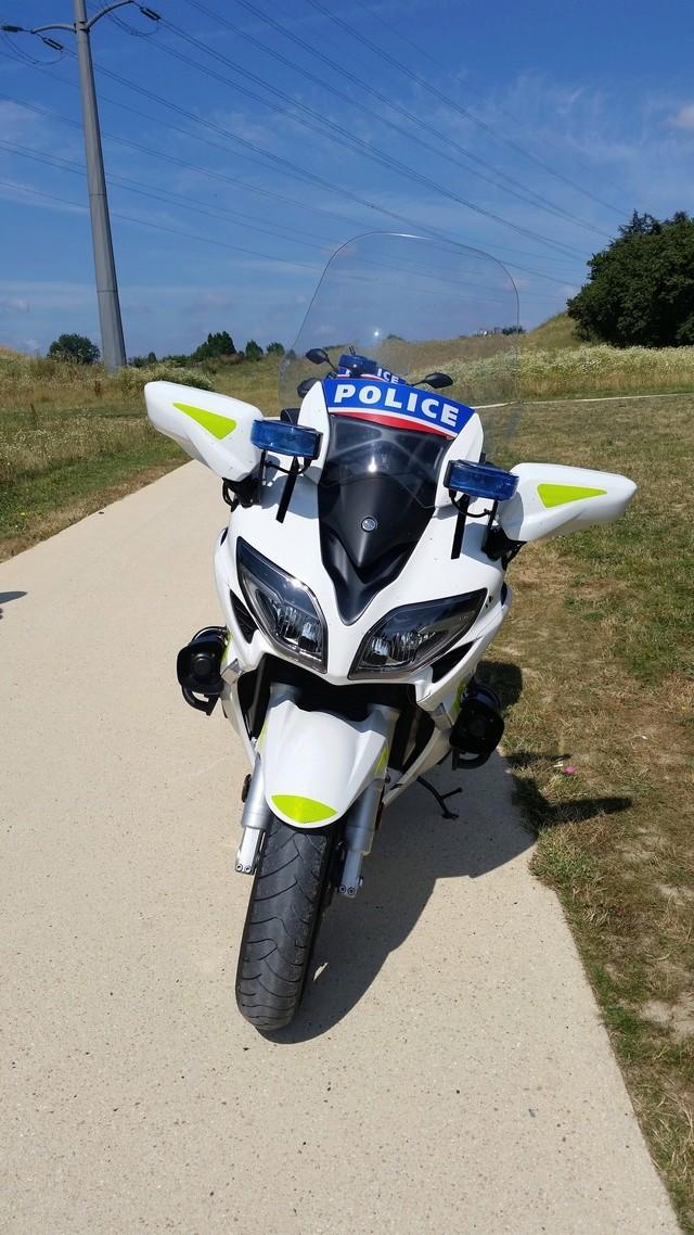 FJR 2016 Police 20160729