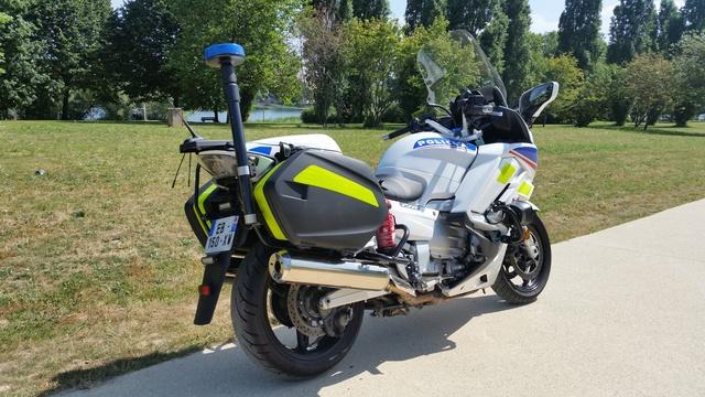 FJR 2016 Police 20160736