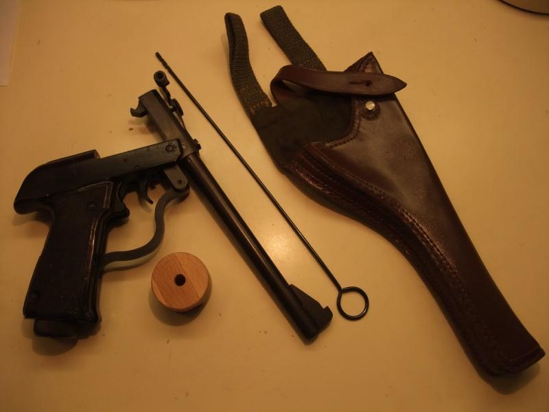pistolet  air comprimé PREDOM LUCZNIK WZ  1970 Dscf1510
