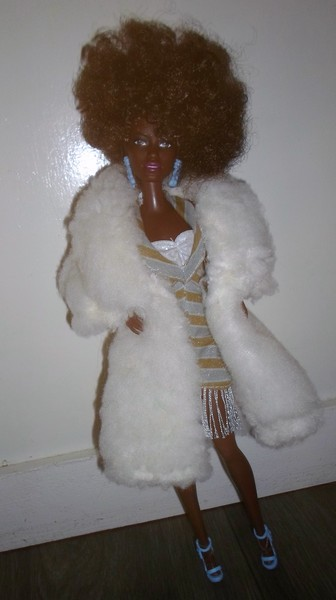 Les Barbie d'Anubislebo - Page 8 Sam_3828