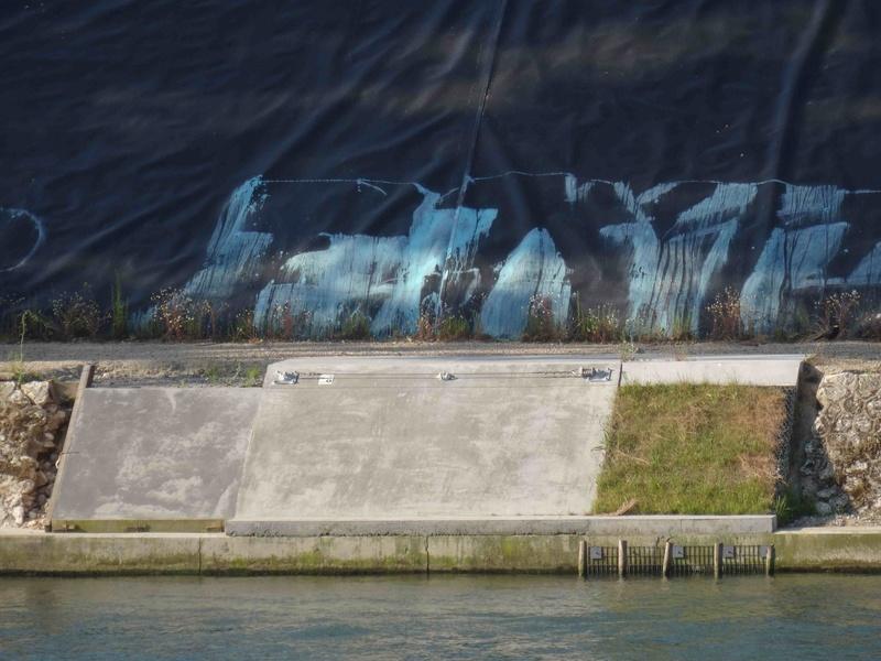 Ancien projet de pôle d'art contemporain R4 de Natural Lecoultre Dsc00029