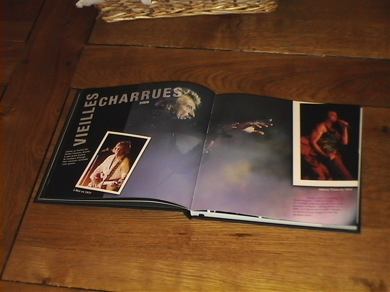 MA COLLECTION LIVRES...REVUES ET HORS SERIES - Page 7 Agenda10