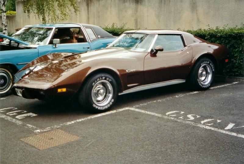 mes deux ex Ricaines corvette et camaro Scan1014