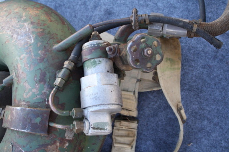 British 1943 Ackpack Flame Thrower Dpp_0012