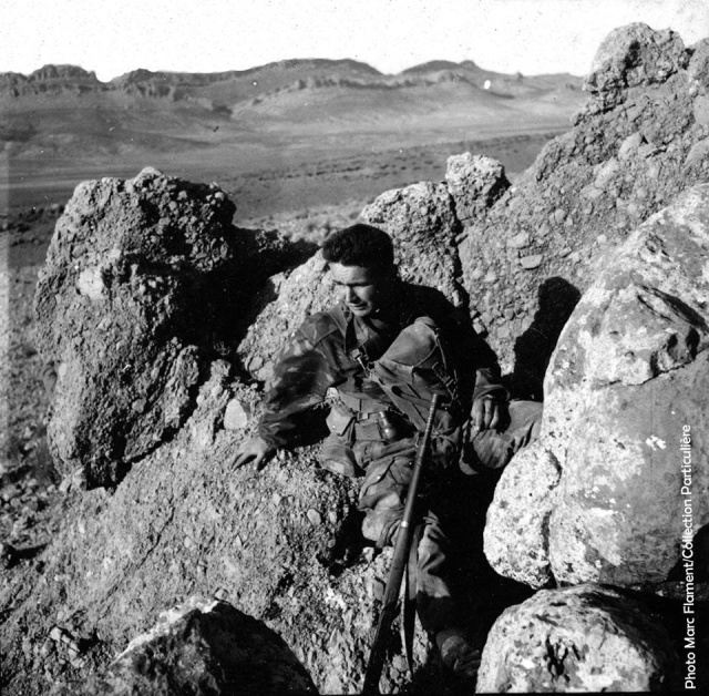 """Tireur au """"MAS 51"""" du 3e RPC, opération Atlas, 1957. 12806211"""