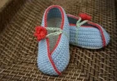 Hand made Crotchet shoes 55ffa110