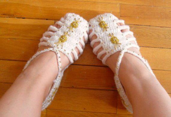 Hand made Crotchet shoes D1ff6e10