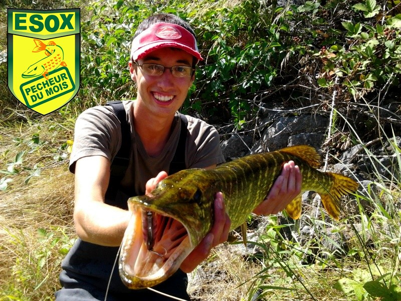 Suivi photos des Pêcheurs du mois élus Fisher11
