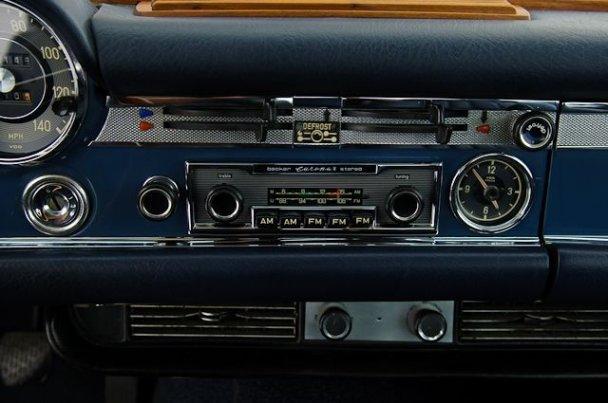 "La ""Pagode"" 280 SL (W113 1967-1971)  27107513"
