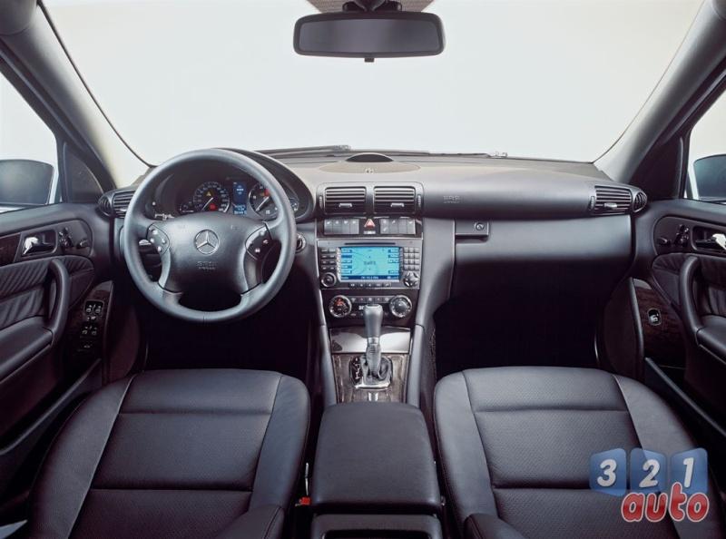 [Essai] Mercedes CLK 320 CDI (C209) A2003f10
