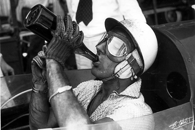 [Pilote] Stirling Moss Moss_110