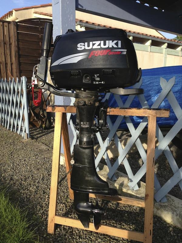 VENDU !!! Moteur Thermique SUZUKI 6CV 4T Arbre Court Img_0910