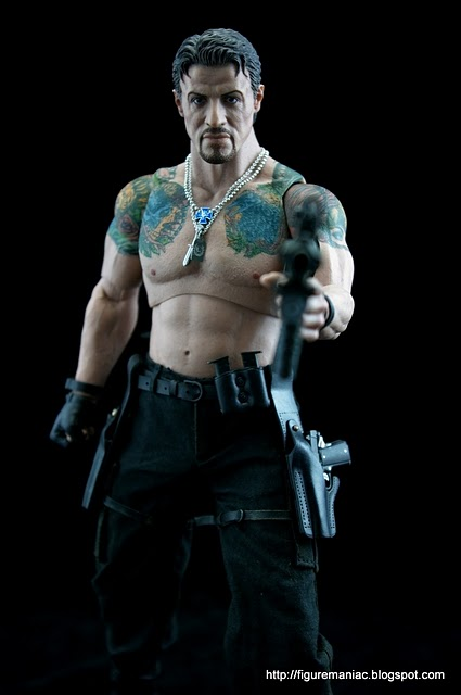 "HOTTOYS (figurine 12"" THE EXPENDABLES) - Page 6 Imgp2111"