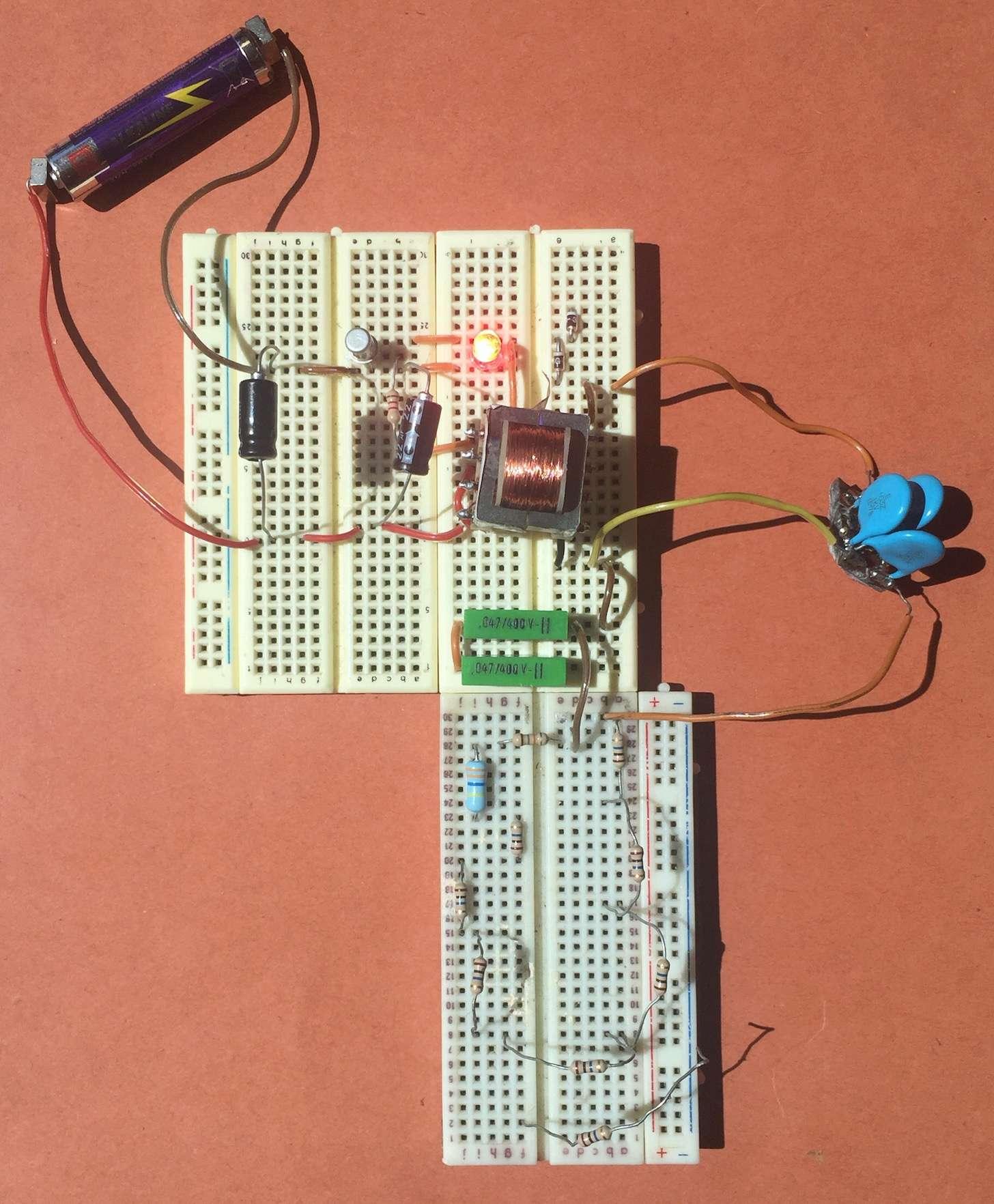 Electronique, récupération, réparation, maintenance, fabrication de compos - Page 12 Captur20