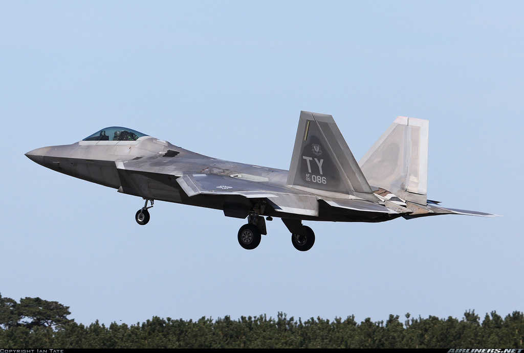 La page de SOS-Software F-22_f10