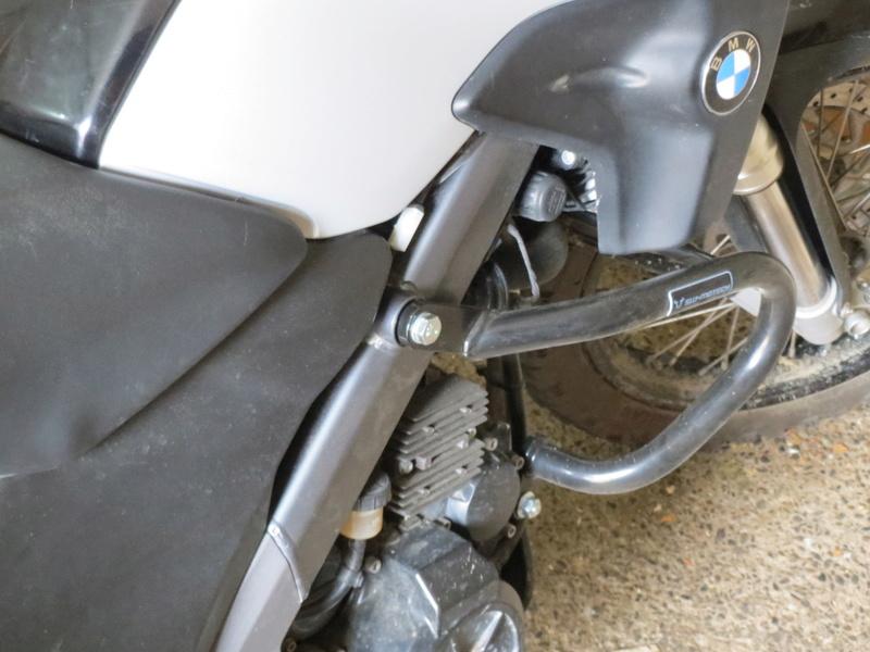 protection tête de vis moto Img_0313