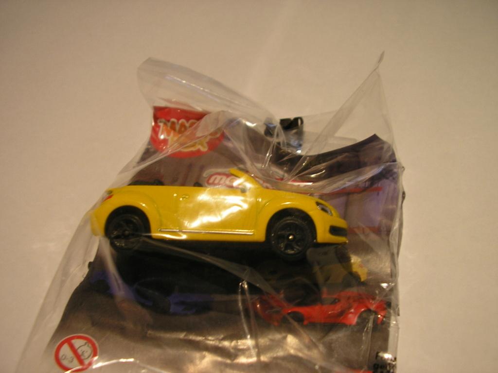 N°203A Volkswagen Beetle Coupé/Cabrio - Page 2 P1010910