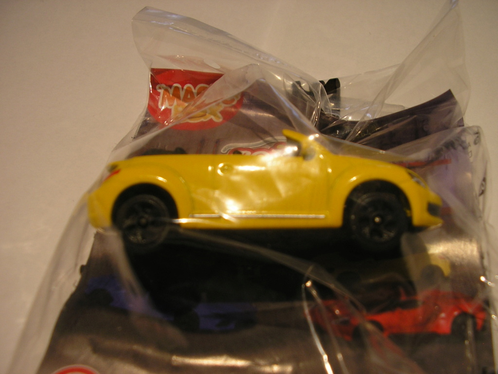 N°203A Volkswagen Beetle Coupé/Cabrio - Page 2 P1010911
