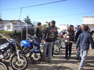 EXITO TOTAL EL  3ER MOTO ASADO!!! TANDIL 2010 Img_2412