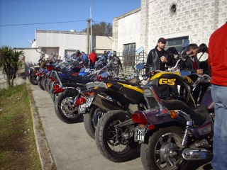 EXITO TOTAL EL  3ER MOTO ASADO!!! TANDIL 2010 Img_2414