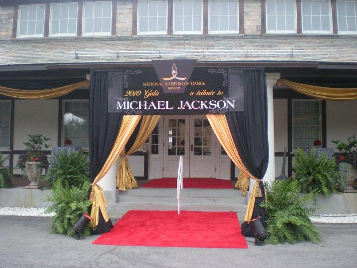 MICHAEL EN EL DANCE HALL OF FAME Museo_12