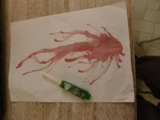 exemple d art thérapie avec de la peinture P1050915