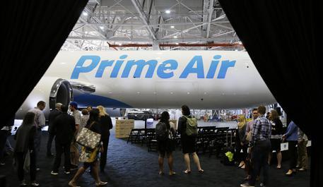 Amazon avanti tutta su consegne, arrivano anche aerei cargo 9b321c10