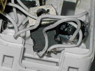 Tuto pour faire une wiimote avec chageur USB intégré ou jouable sans pile Pict0216