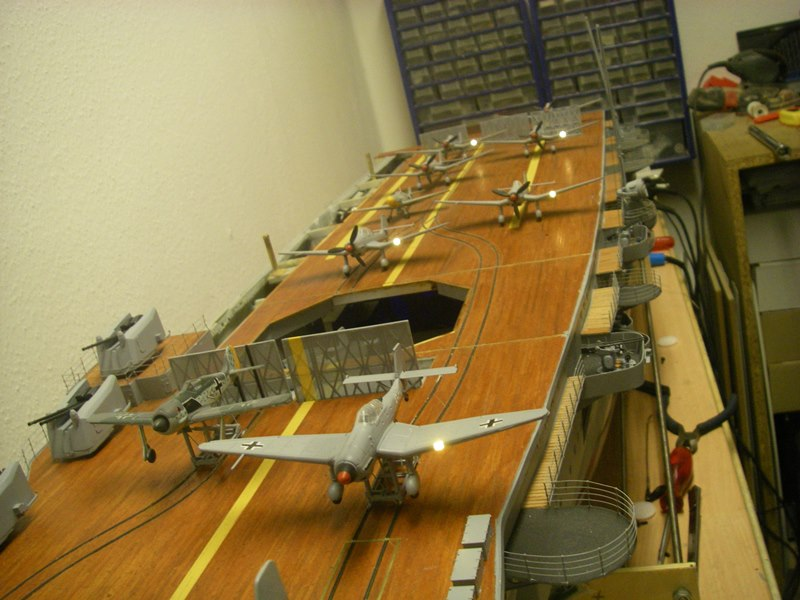 Flugzeugträger Graf Zeppelin 1:100 - Seite 34 Imgp8331