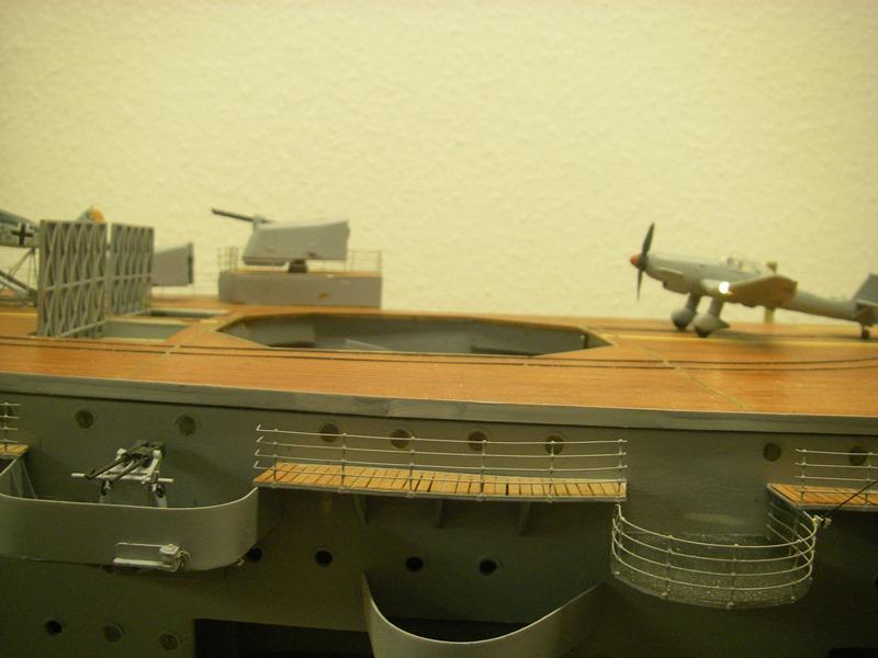 Flugzeugträger Graf Zeppelin 1:100 - Seite 34 Imgp8333