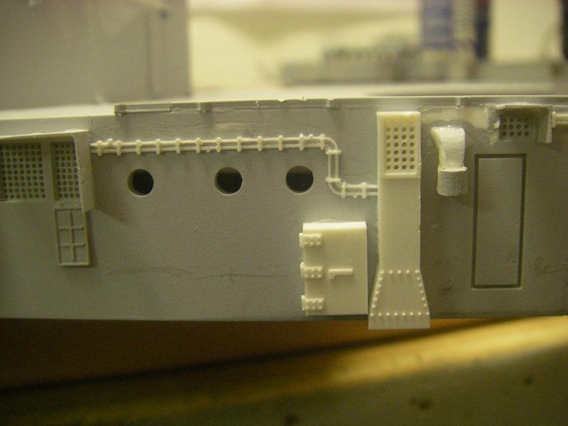 Bau der Bismarck in 1:100  Imgp8463