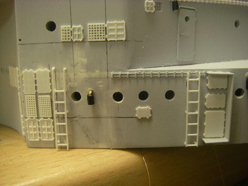 Bau der Bismarck in 1:100  Imgp8515