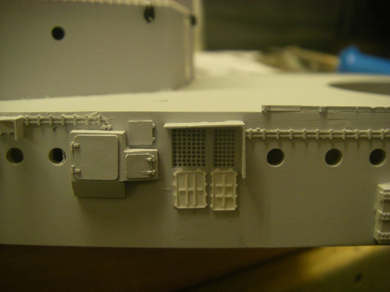 Bau der Bismarck in 1:100  Imgp8516