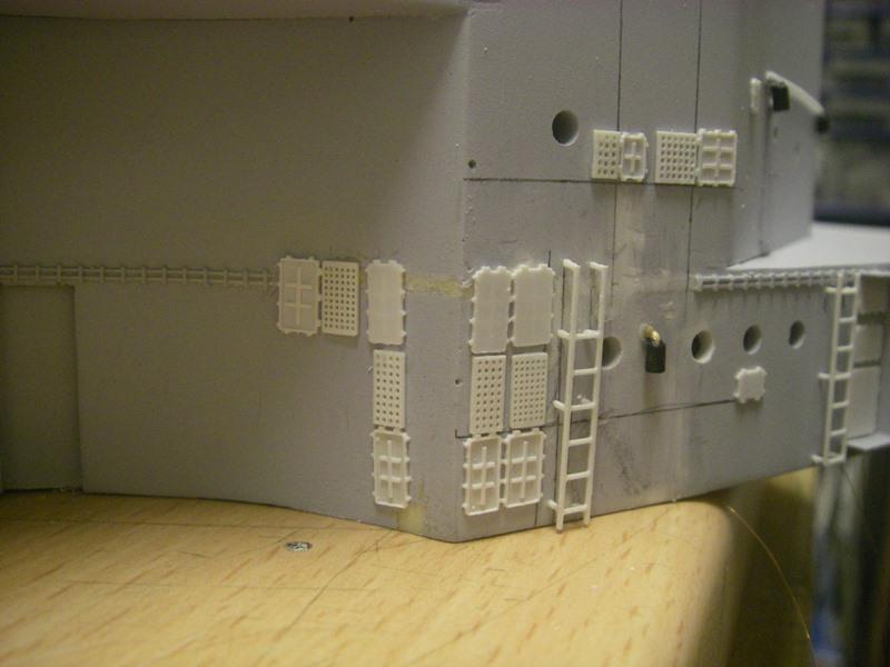 Bau der Bismarck in 1:100  Imgp8518